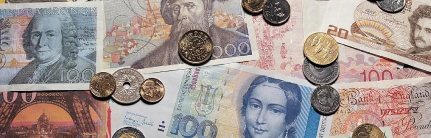 Курс валют на март