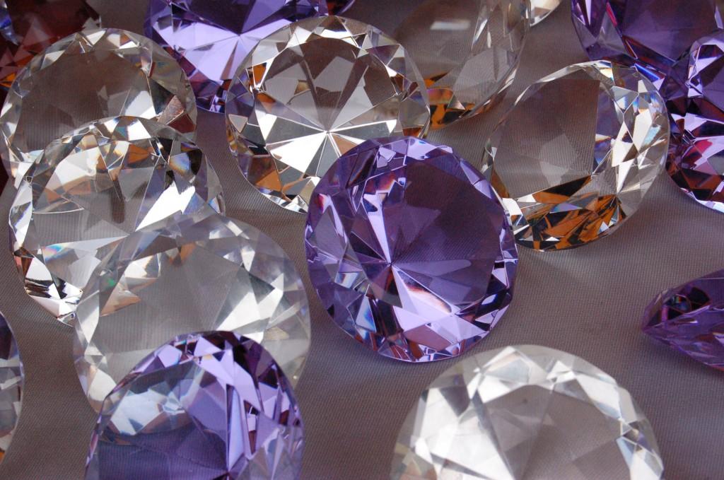 какой драгоценный камень носят в паре